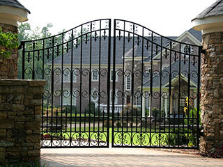Problems of Driveway Gates | Gate Repair Beverly Hills, CA